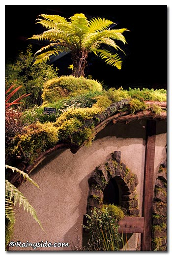 Hobbit House Roof